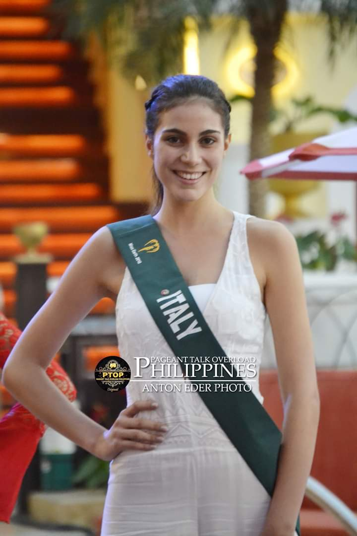✪✪✪✪✪ ROAD TO MISS EARTH 2018 ✪✪✪✪✪ COVERAGE - Finals Tonight!!!! - Page 10 Fb_i3200