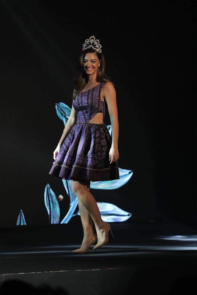 ♔ The Official Thread of MISS UNIVERSE® 2017 Demi-Leigh Nel-Peters of South Africa ♔ - Page 15 Fb_i3986