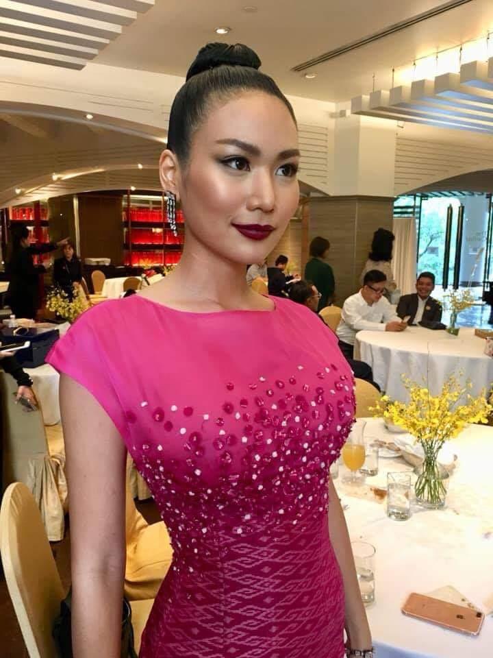 Sophida Kanchanarin (THAILAND 2018) - Page 5 Fb_i4001
