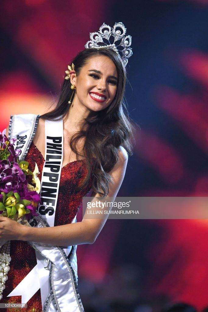 ♔ The Official Thread of MISS UNIVERSE® 2018 Catriona Gray of Philippines ♔ - Page 3 Fb_i6179
