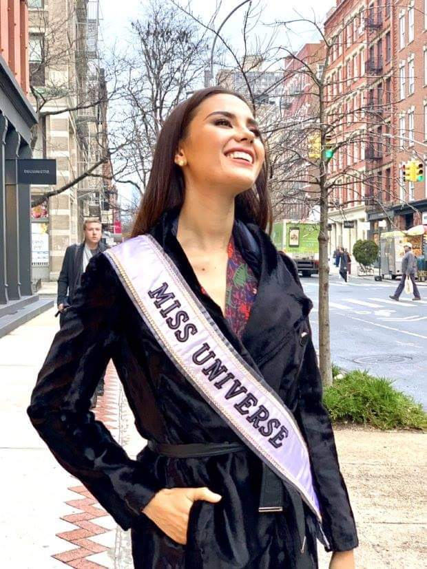 ♔ The Official Thread of MISS UNIVERSE® 2018 Catriona Gray of Philippines ♔ - Page 5 Fb_i6405