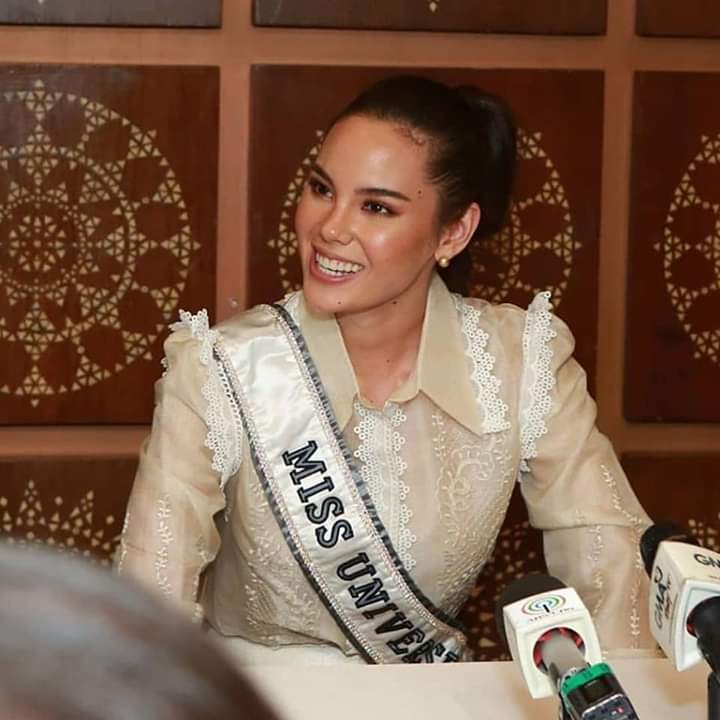 ♔ The Official Thread of MISS UNIVERSE® 2018 Catriona Gray of Philippines ♔ - Page 7 Fb_i6860