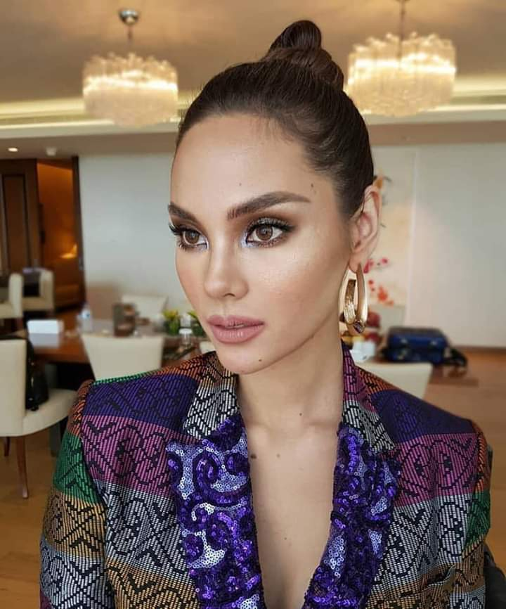 ♔ The Official Thread of MISS UNIVERSE® 2018 Catriona Gray of Philippines ♔ - Page 9 Fb_i7006