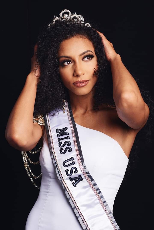 MISS USA 2019:Cheslie Kryst  Fb_i8254