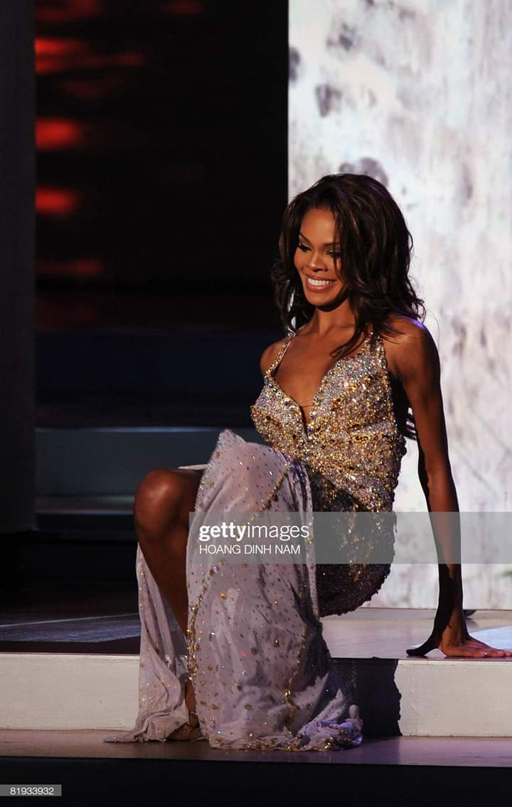 MISS USA 2008: Crystle Stewart (From TEXAS)  Fb_i8916