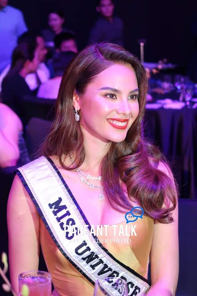 ♔ The Official Thread of MISS UNIVERSE® 2018 Catriona Gray of Philippines ♔ - Page 15 Fb_i8944