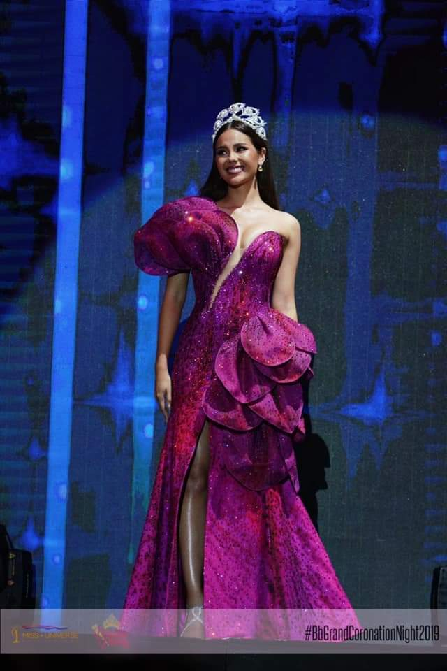 ♔ The Official Thread of MISS UNIVERSE® 2018 Catriona Gray of Philippines ♔ - Page 16 Fb_i9000