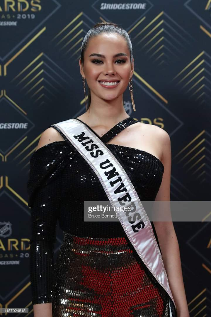 ♔ The Official Thread of MISS UNIVERSE® 2018 Catriona Gray of Philippines ♔ - Page 16 Fb_i9282