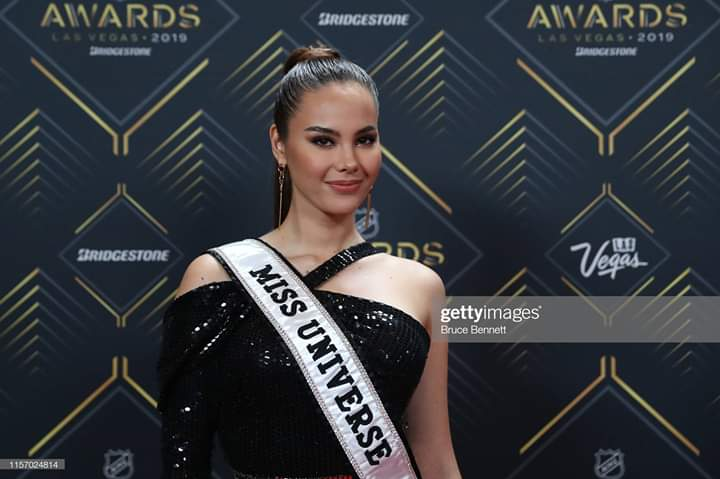 ♔ The Official Thread of MISS UNIVERSE® 2018 Catriona Gray of Philippines ♔ - Page 16 Fb_i9283
