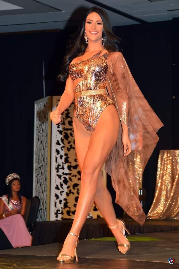 Danna Garcia (ARUBA 2019) Fb_i9877