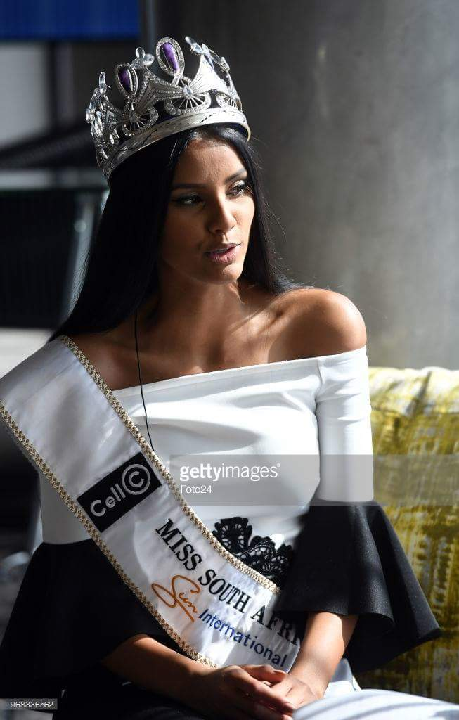 Tamaryn Green (SOUTH AFRICA 2018) - Page 2 Fb_img85