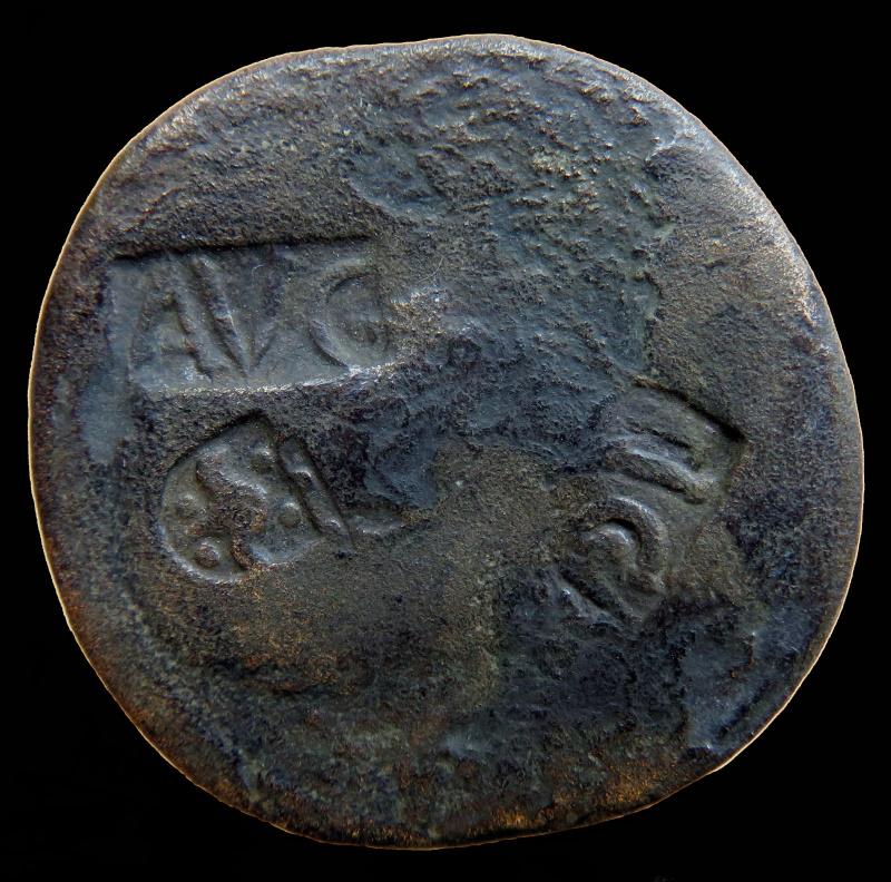 Romaine à Id s.v.p, 4 marques de contrôle. 000310