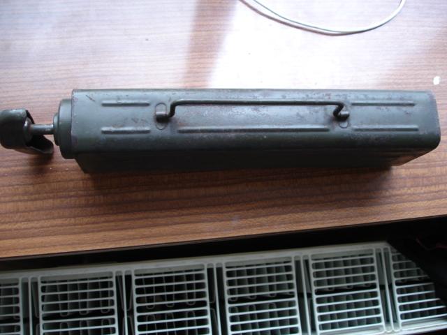 2 objets allemand je pense à identifier Dsc08422