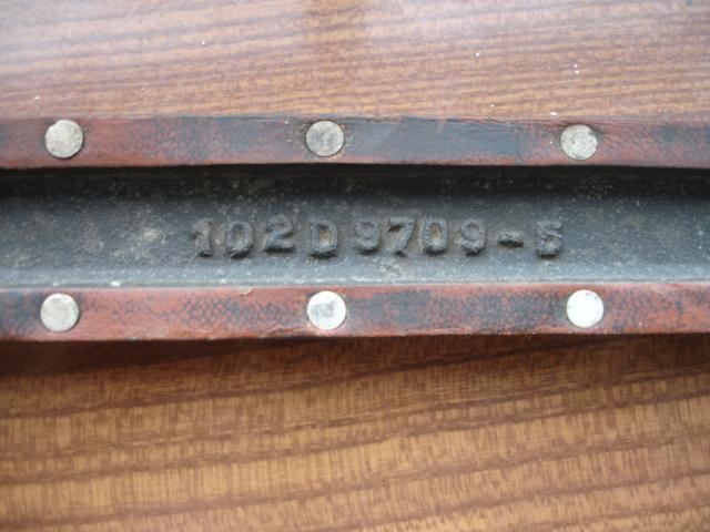 2 objets allemand je pense à identifier Dsc08430