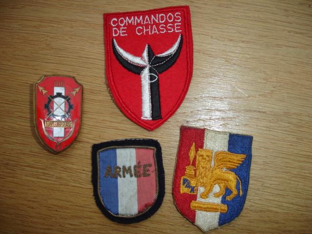 4 insignes à identifier Dsc09222