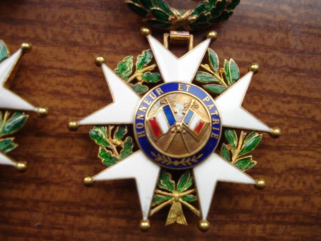 estimation légion d'honneur en or rajout photos Dsc09245