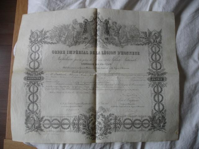 diplôme ordre impérial de la legion d'honneur d'un gendarme Dsc09256
