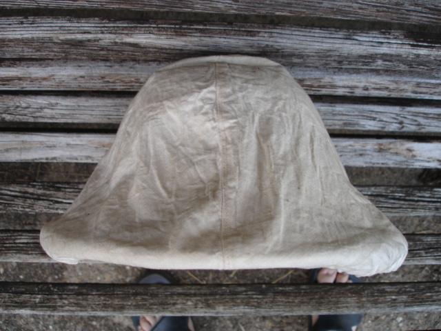 casque colonial à identifier Dsc09614