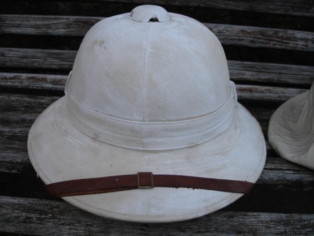 casque colonial à identifier Dsc09623
