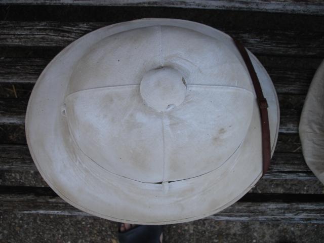 casque colonial à identifier Dsc09625