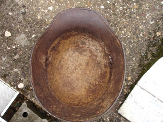 coque de casque allemand ?? à identifier Dsc09634