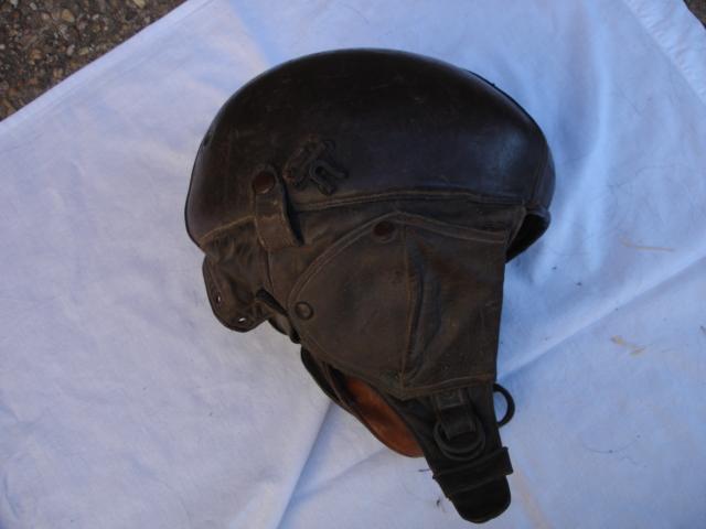 casque aviateur en cuir Dsc09681