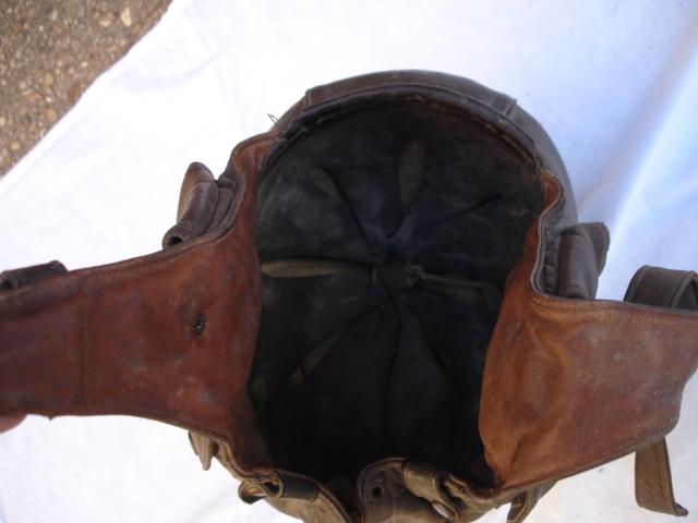 casque aviateur en cuir Dsc09682