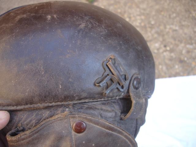casque aviateur en cuir Dsc09683
