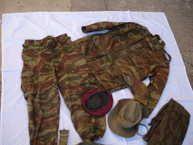 lot tenue parachutiste indochine algérie avec insignes Dsc09693