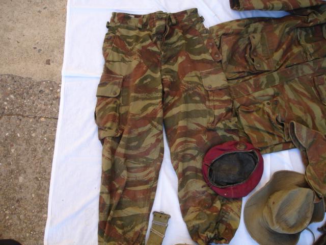lot tenue parachutiste indochine algérie avec insignes Dsc09696
