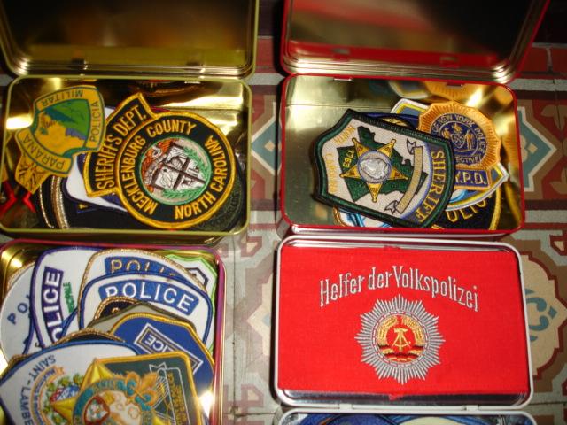 gros lot insignes police us et divers Dsc09939