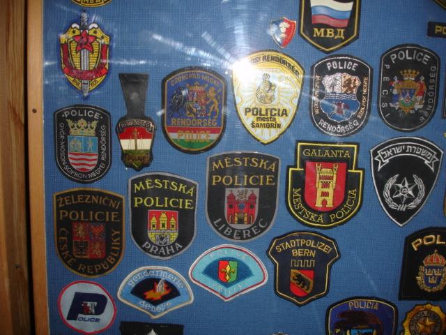 gros lot insignes police us et divers Dsc09954