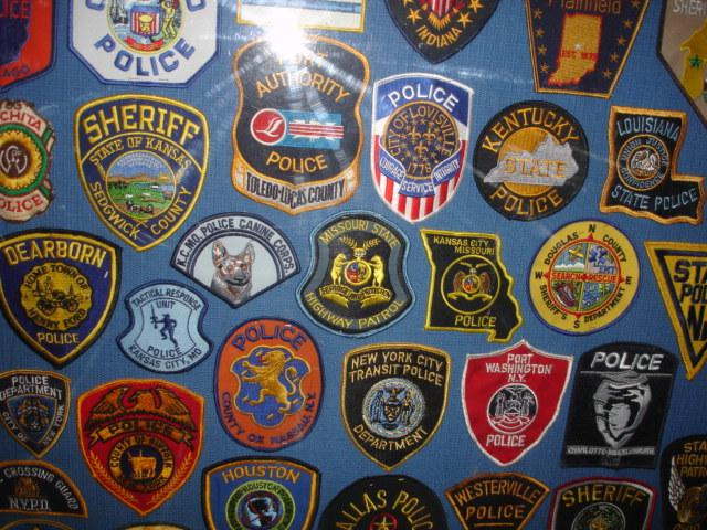 gros lot insignes police us et divers Dsc09959