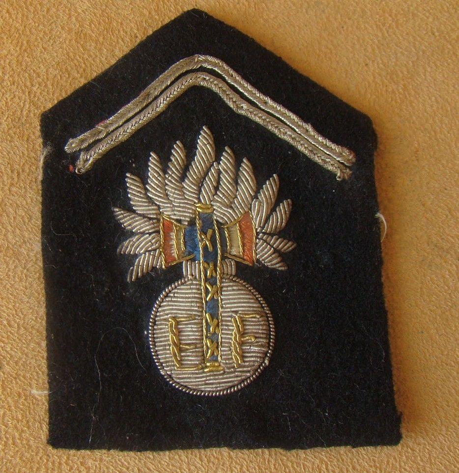 patte de col gendarme vichy S-l16010