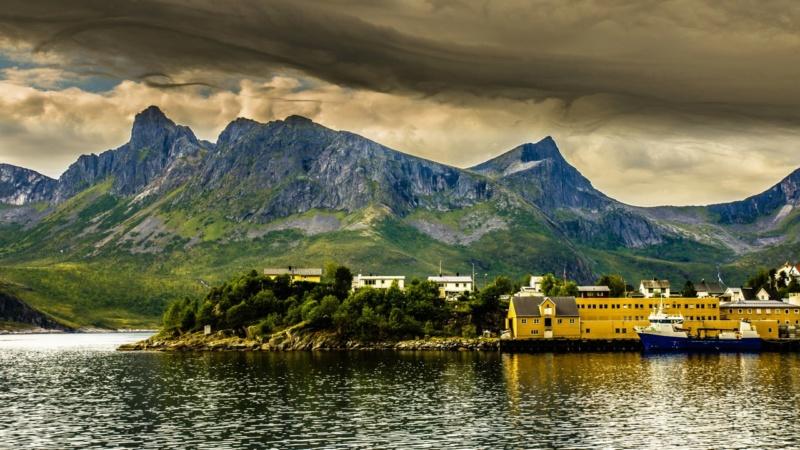 Роскошные пейзажи Норвегии - Страница 20 0j9vo_10