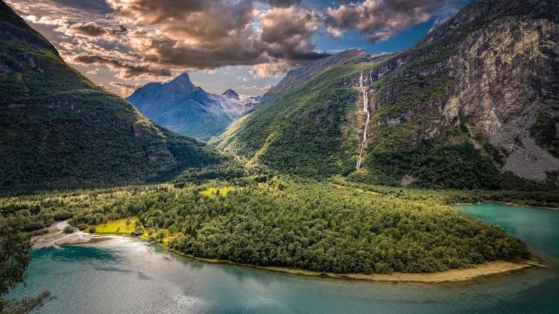 Роскошные пейзажи Норвегии - Страница 37 15462410