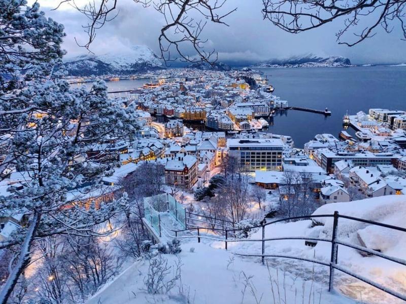 Роскошные пейзажи Норвегии - Страница 3 15509810