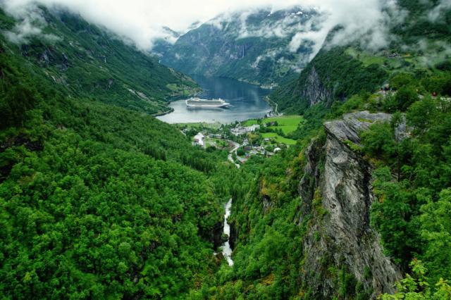 Роскошные пейзажи Норвегии - Страница 25 15873010