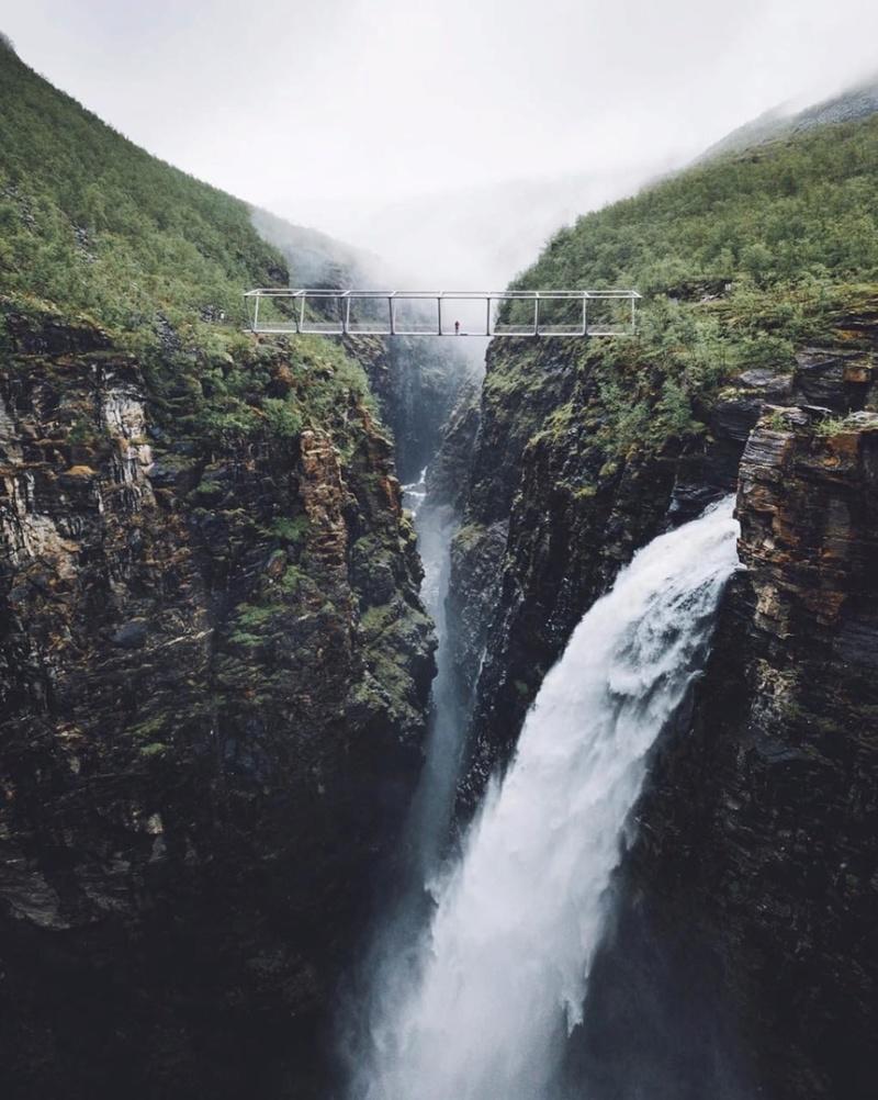 Роскошные пейзажи Норвегии - Страница 20 8npom610