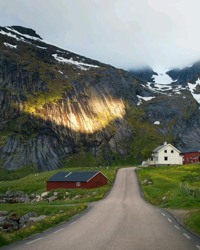 Роскошные пейзажи Норвегии - Страница 25 9pmbtz10