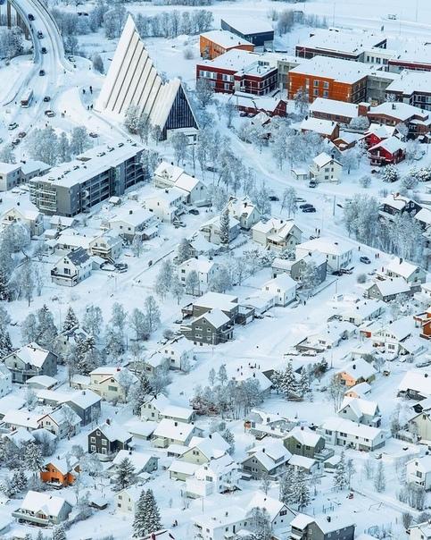 Роскошные пейзажи Норвегии - Страница 20 9ycg2e10
