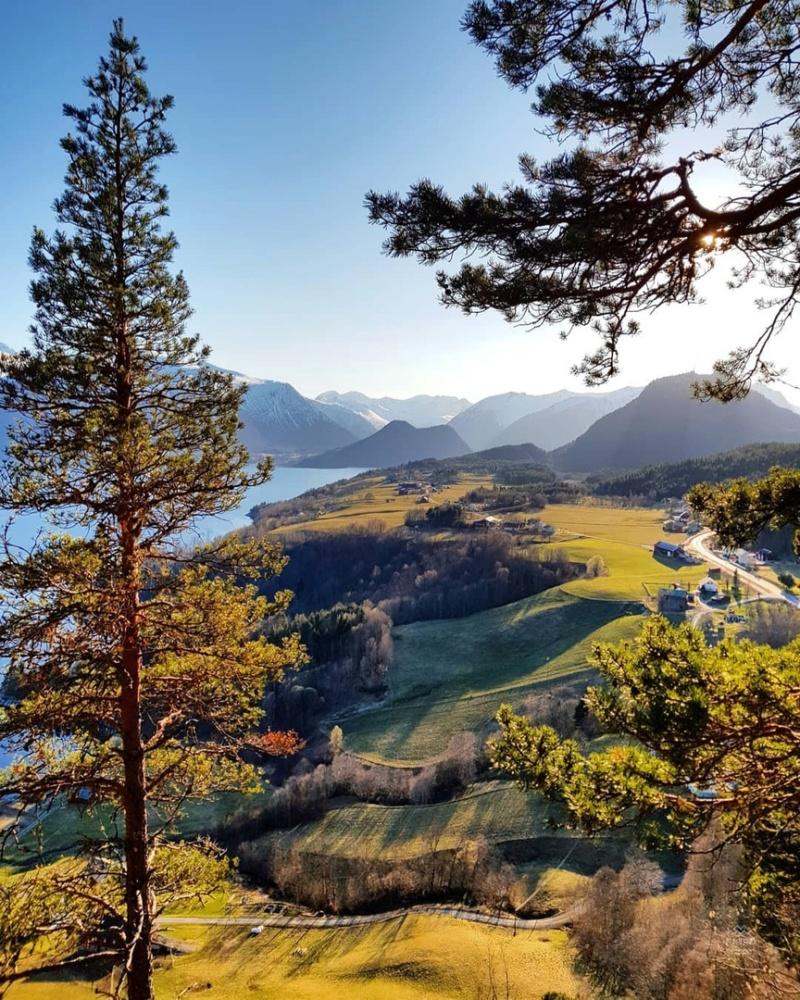 Роскошные пейзажи Норвегии - Страница 8 Az8zir10