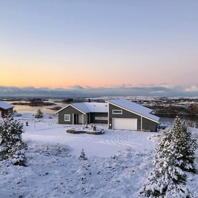 Роскошные пейзажи Норвегии - Страница 25 Hcveh010
