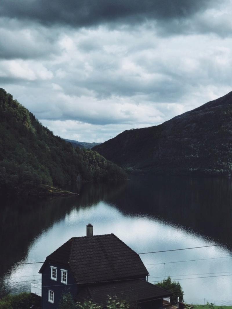 Роскошные пейзажи Норвегии - Страница 20 Jyqzft10