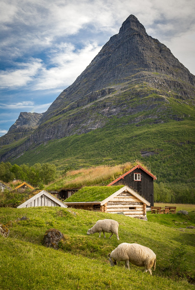 Роскошные пейзажи Норвегии - Страница 17 Lnnrvt10