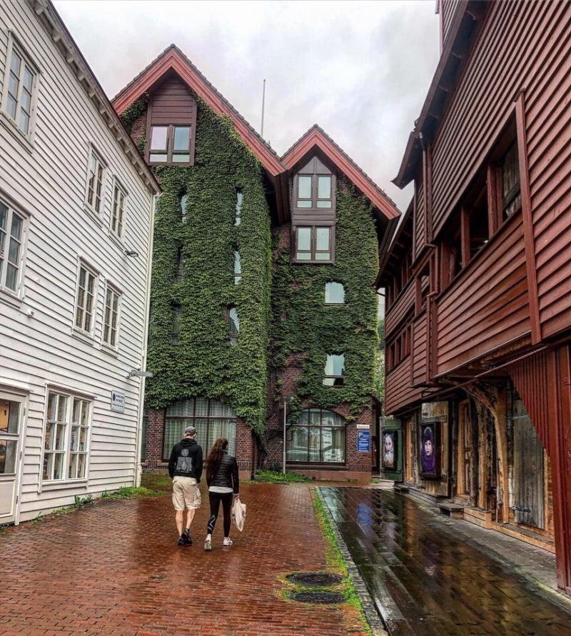 Роскошные пейзажи Норвегии - Страница 14 Mmuit710
