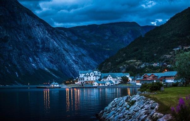Роскошные пейзажи Норвегии - Страница 19 Nwzvfm10