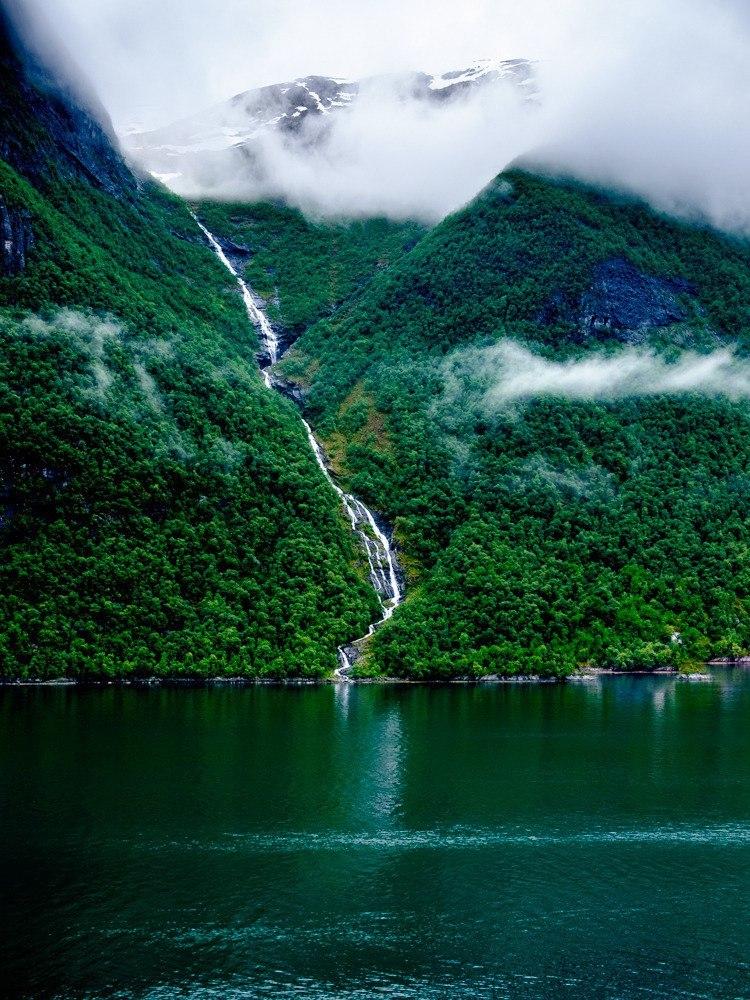 Роскошные пейзажи Норвегии - Страница 5 O5tpa-10