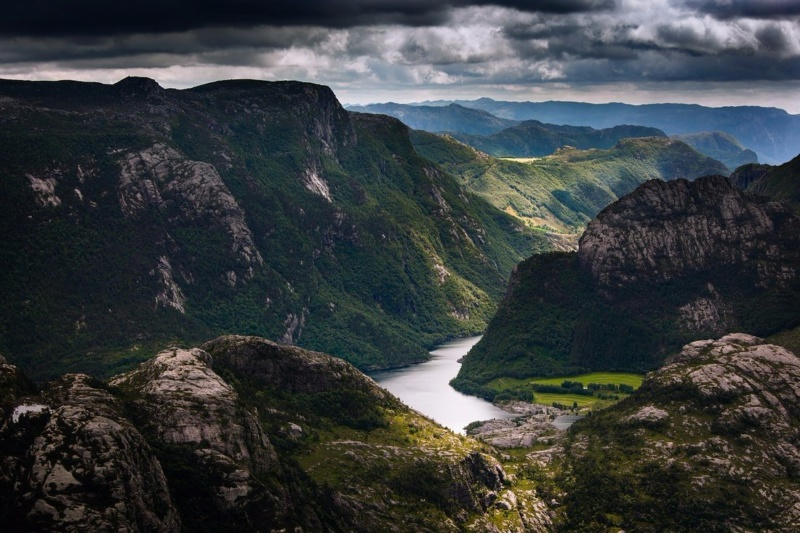 Роскошные пейзажи Норвегии - Страница 3 Rqskeu10