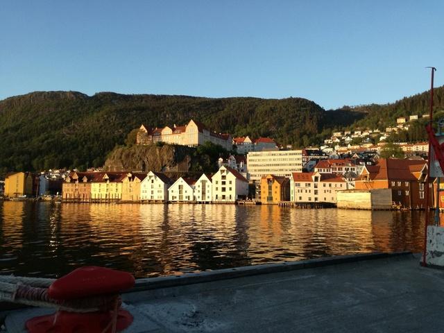 Роскошные пейзажи Норвегии - Страница 10 Rrko0i10